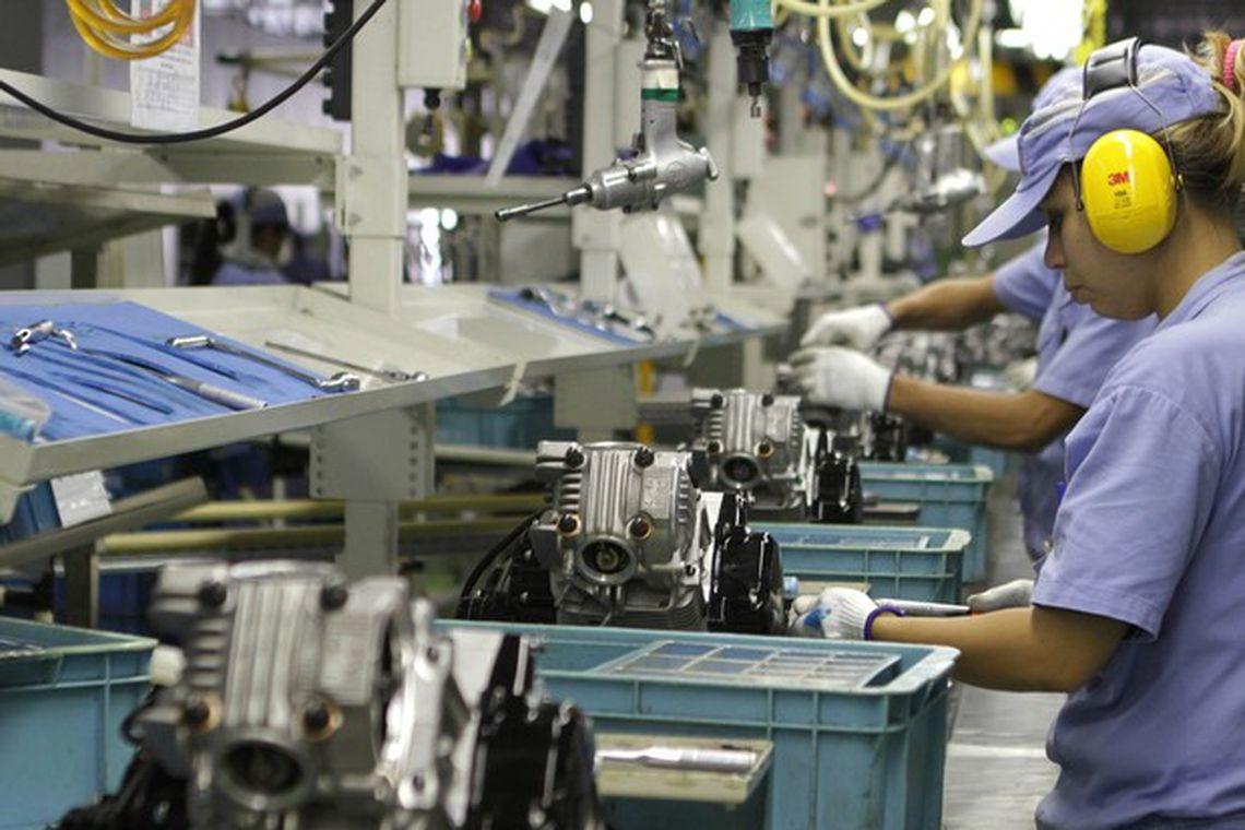 SETOR industrial foi um dos mais impactados pela crise econômica e que mais gerou desemprego
