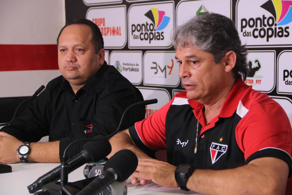 Tubarão ainda não venceu sob o comando de Marcelo Veiga