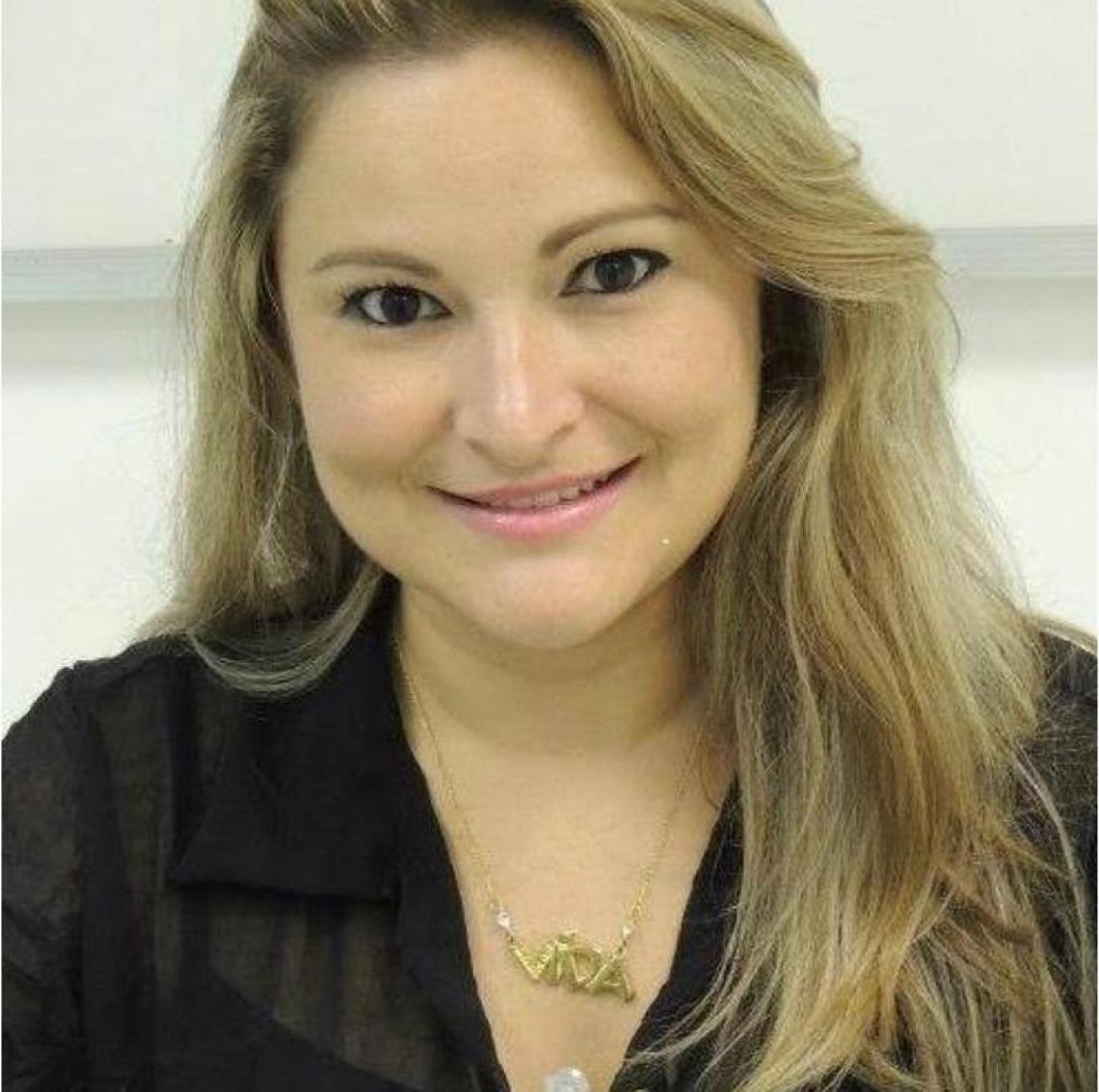 Fabiana Paiva é diretora de Relacionamento com Associados da ABRH-CE (Foto: Arquivo Pessoal)