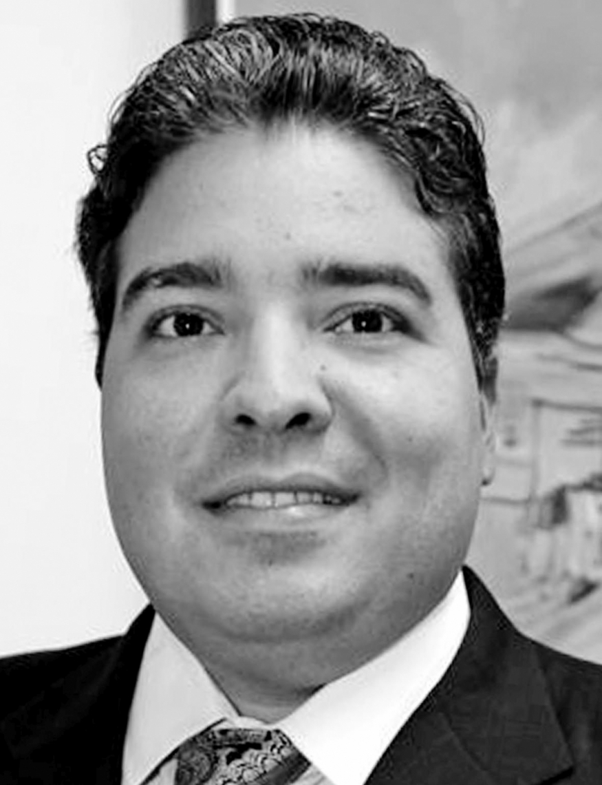 Leandro Vasques Advogado, mestre em Direito pela UFPE e professor da Unifor