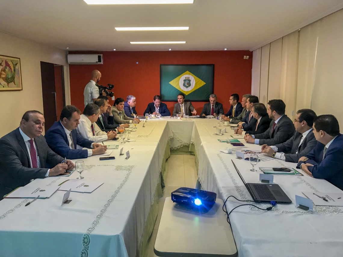 CAMILO Santana reuniu em Brasília bancada federal do Ceará para apresentar Plataforma de Modernização da Saúde