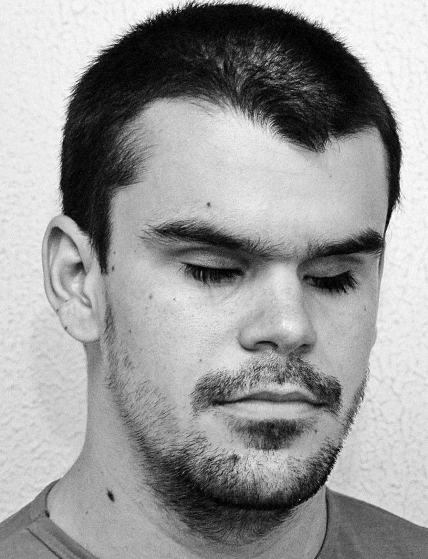 FORTALEZA, CE, BRASIL, 12-06-2015: Carlos Viana, repórter do Núcleo de Opinião do jornal O POVO, deficiente visual. Fotos para arquivo. (Foto: Diego Camelo/O POVO)