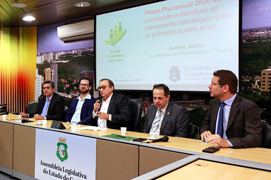 A Assembleia Legislativa do Ceará, por meio da Comissão de Orçamento, Finanças e Tributação (COFT), em parceria com o Instituto de Estudos e Pesquisas sobre o Desenvolvimento do Estado do Ceará (Inesp), realizou palestra sobre o Plano Plurianual 2020-2023.