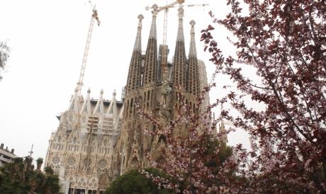 A Sagrada Família é um dos grandes pontos turísticos gaudianos de Barcelona