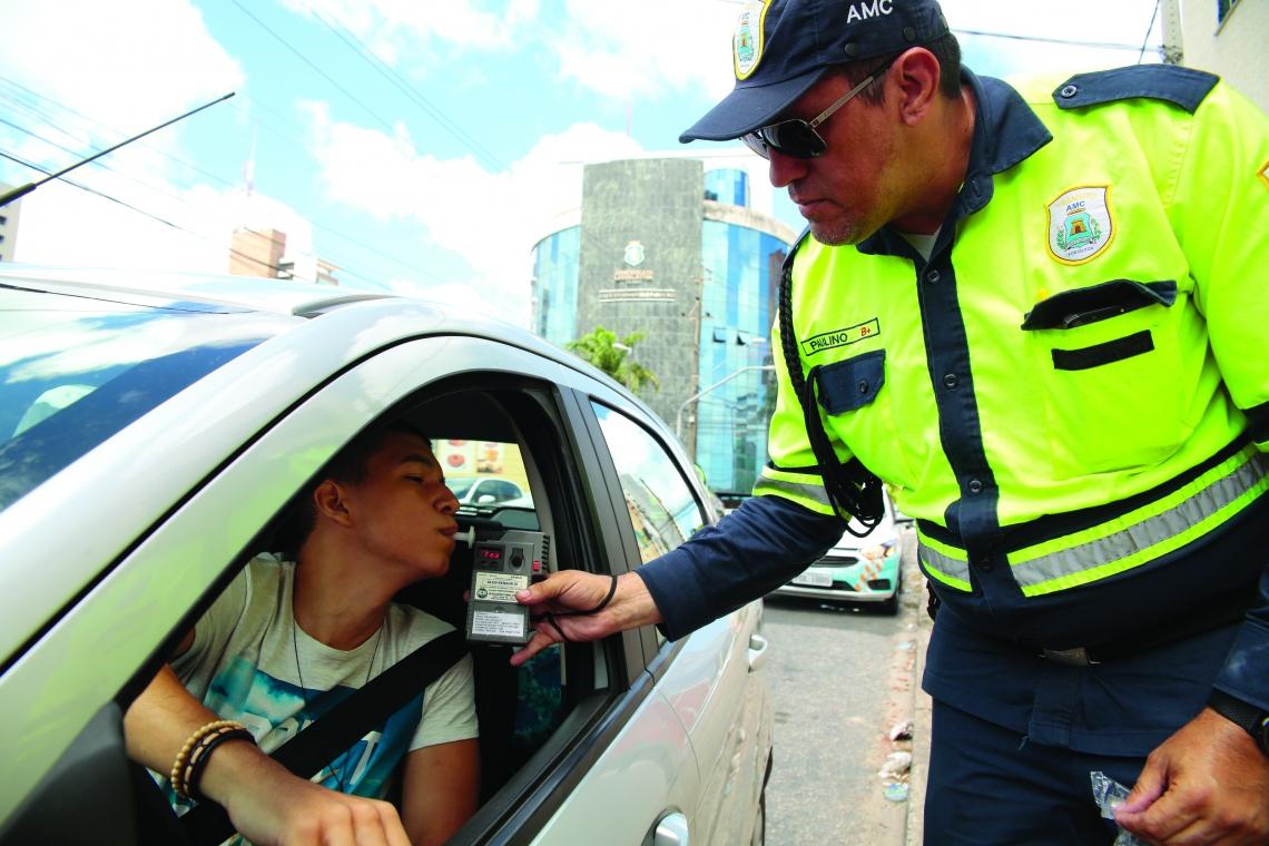 Foi preciso cautela para que a população entendesse que os operadores não eram agentes de trânsito, mas organizadores do trânsito