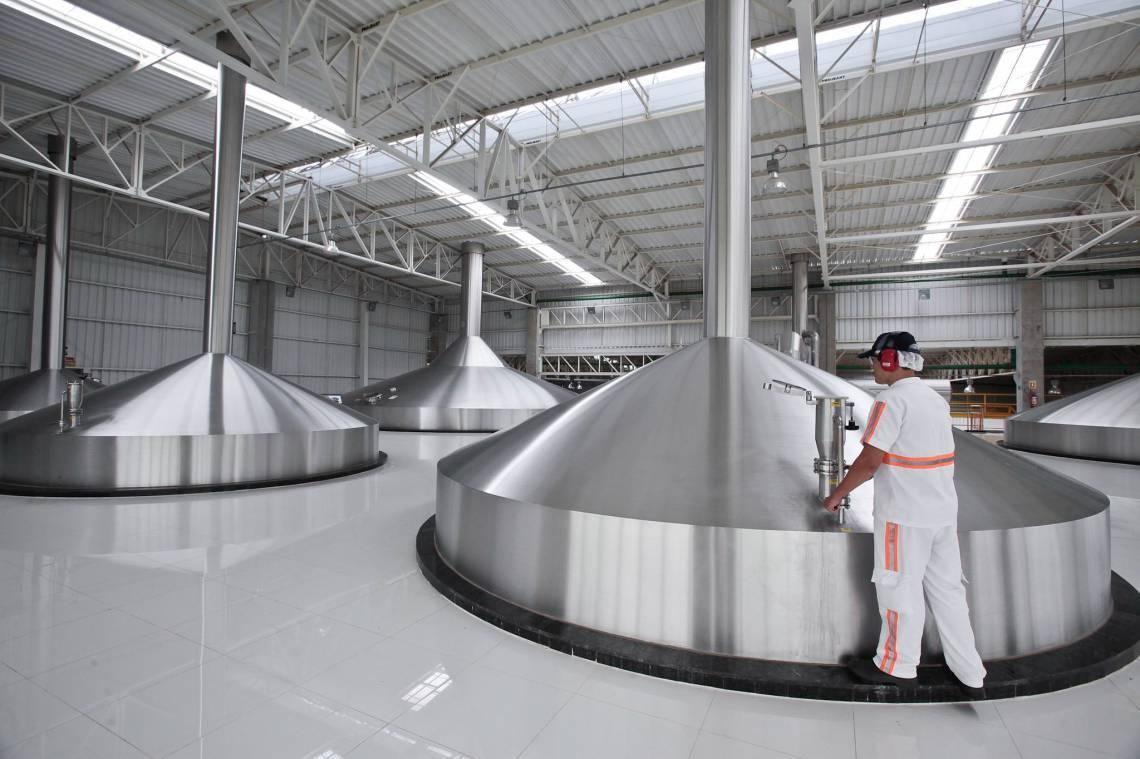 Fábrica da AmBev em Aquiraz, no Ceará: estado não está incluído na lista de mercados onde a empresa vai doar álcool gel