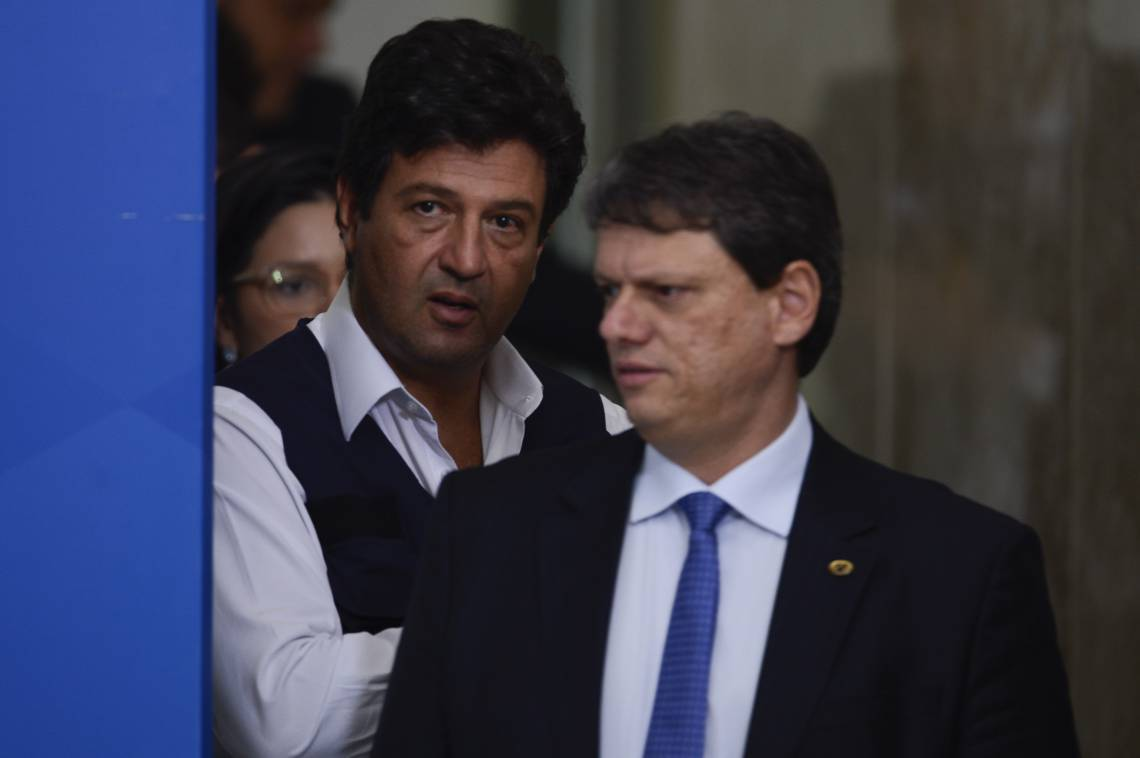 MANDETTA voltou ontem a participar das coletivas com os demais ministros para divulgar os números e as ações de combate ao novo coronavírus (Foto: Marcello Casal Jr/Agência Brasil)