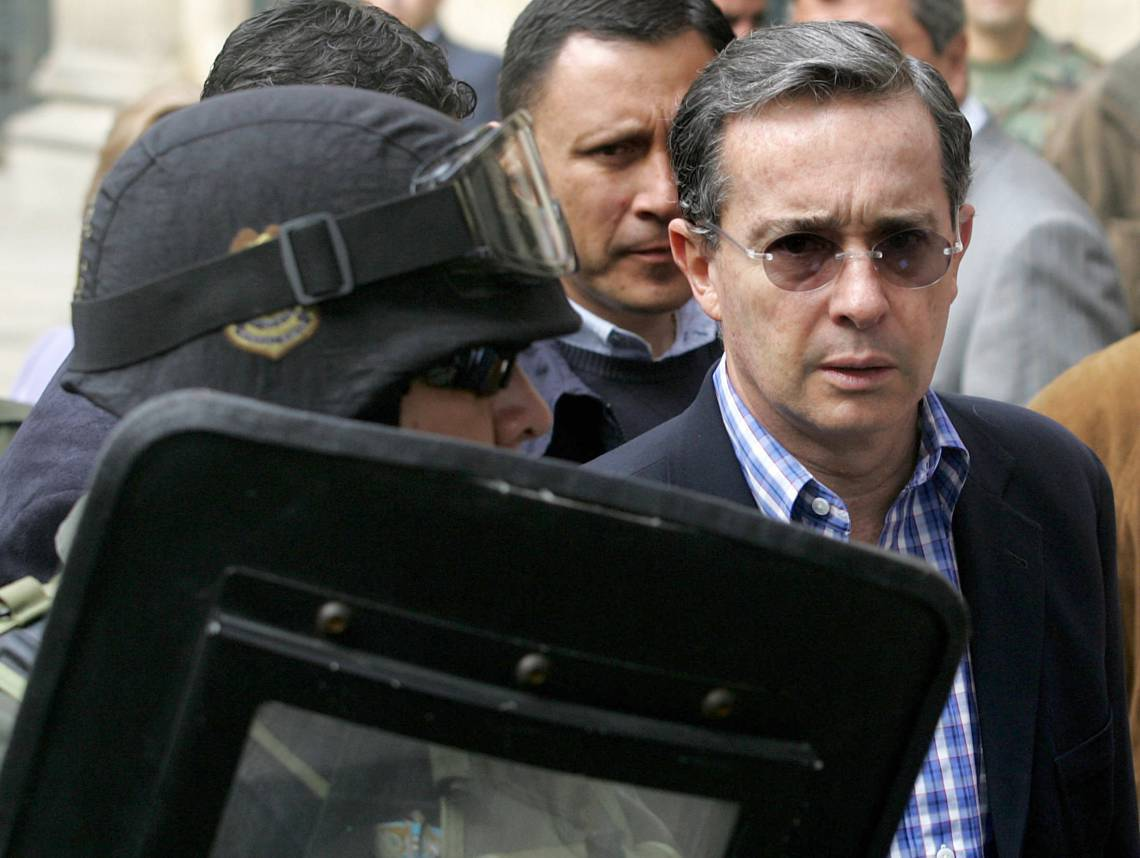 Ex-presidente colombiano entre 2002 e 2010, Álvaro Uribe é considerado um dos principais líderes da direita da América Latina