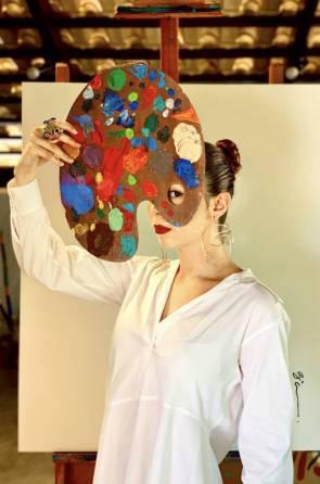 Artista visual Beatriz Soares produziu na quarentena a série de vídeos
