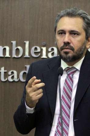Elmano foi aprovado como candidato à prefeitura de Caucaia