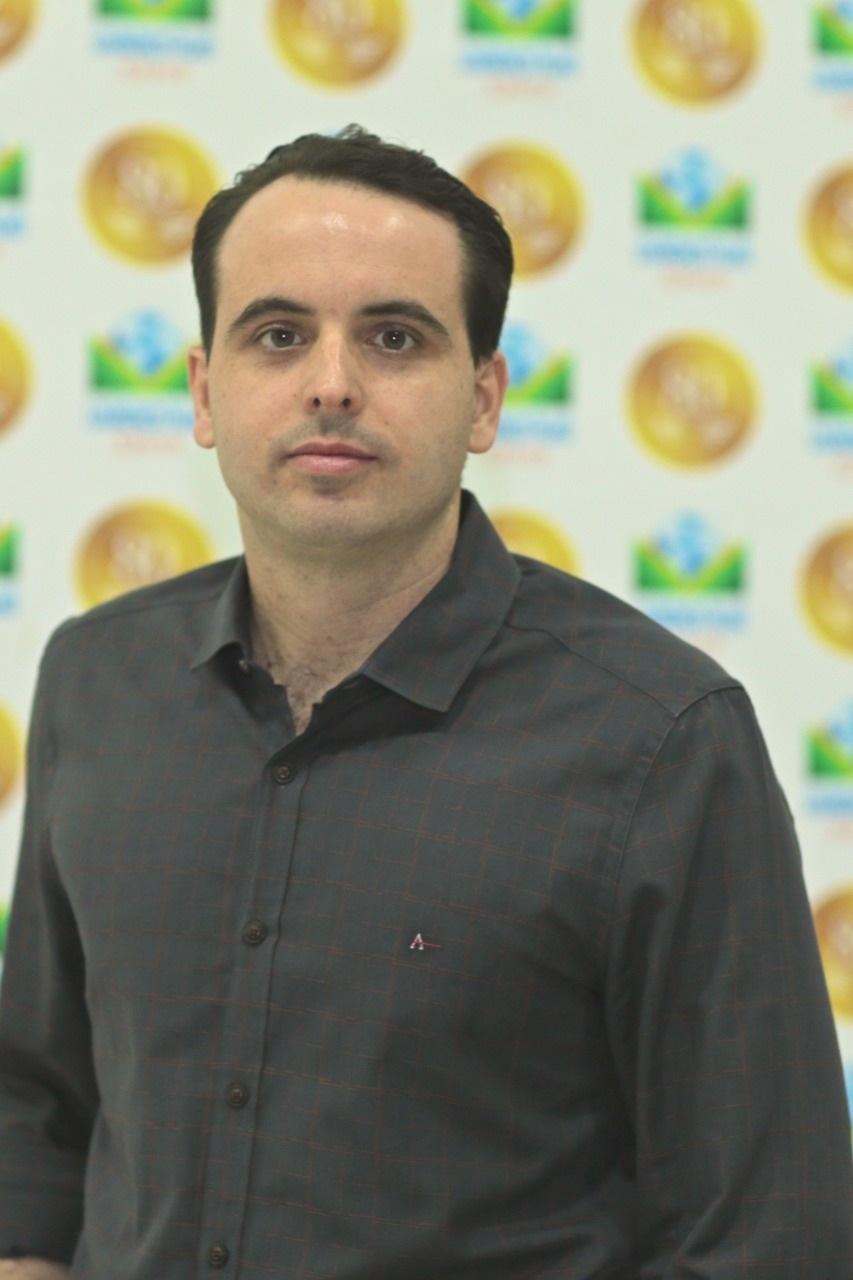 Filgueiras Neto, diretor do Colégio Lourenço Filho