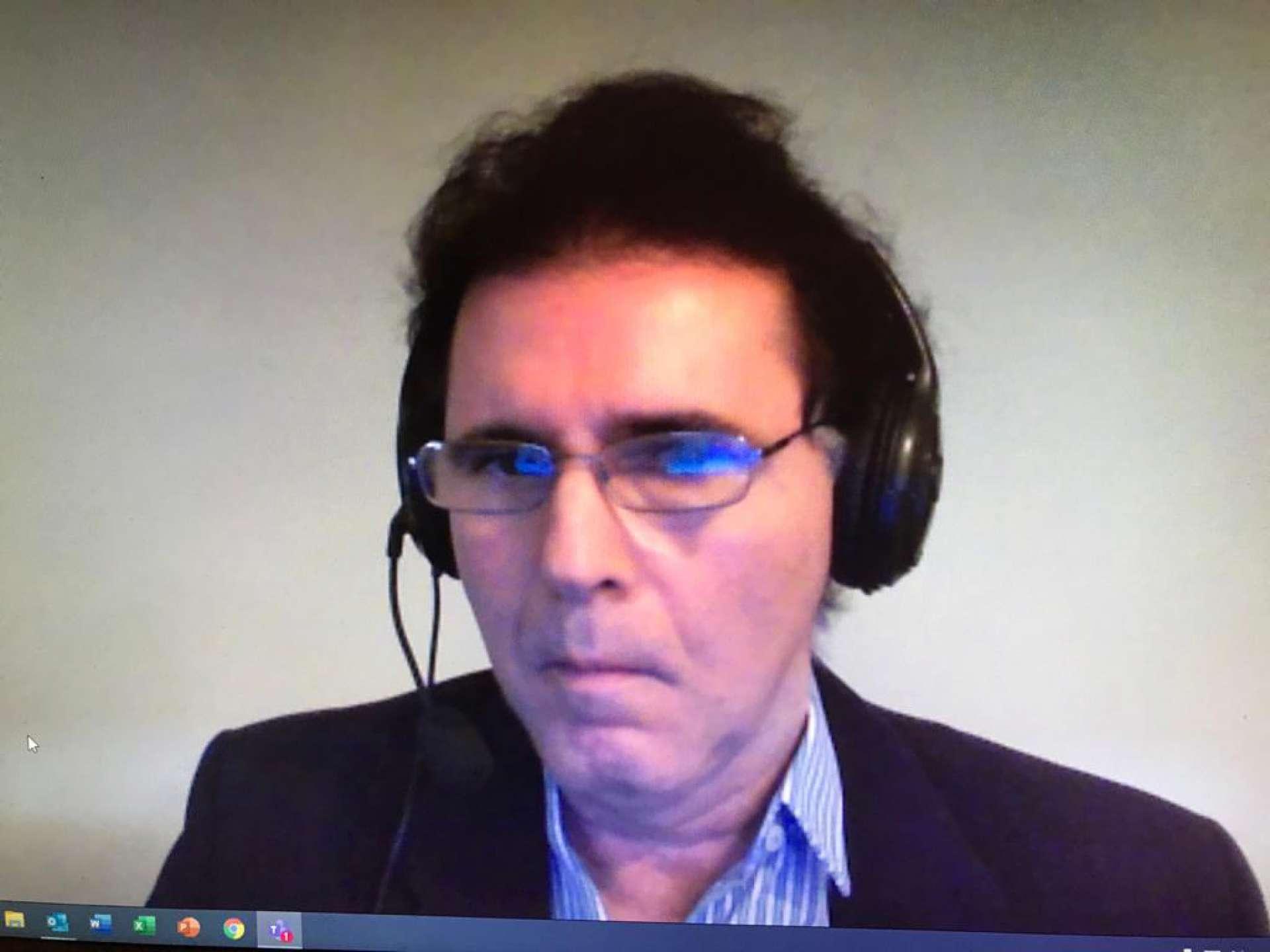 Subprocurador-geral do Ministério Público junto ao Tribunal de Contas da União (TCU), o cearense Lucas Rocha Furtado , em sessão telepresencial no TCU