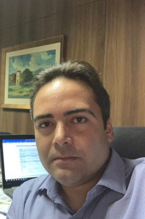 Filho do ex-senador Luiz Pontes, Ozires Pontes Neto vai em busca de devolver à família o poder em Massapê