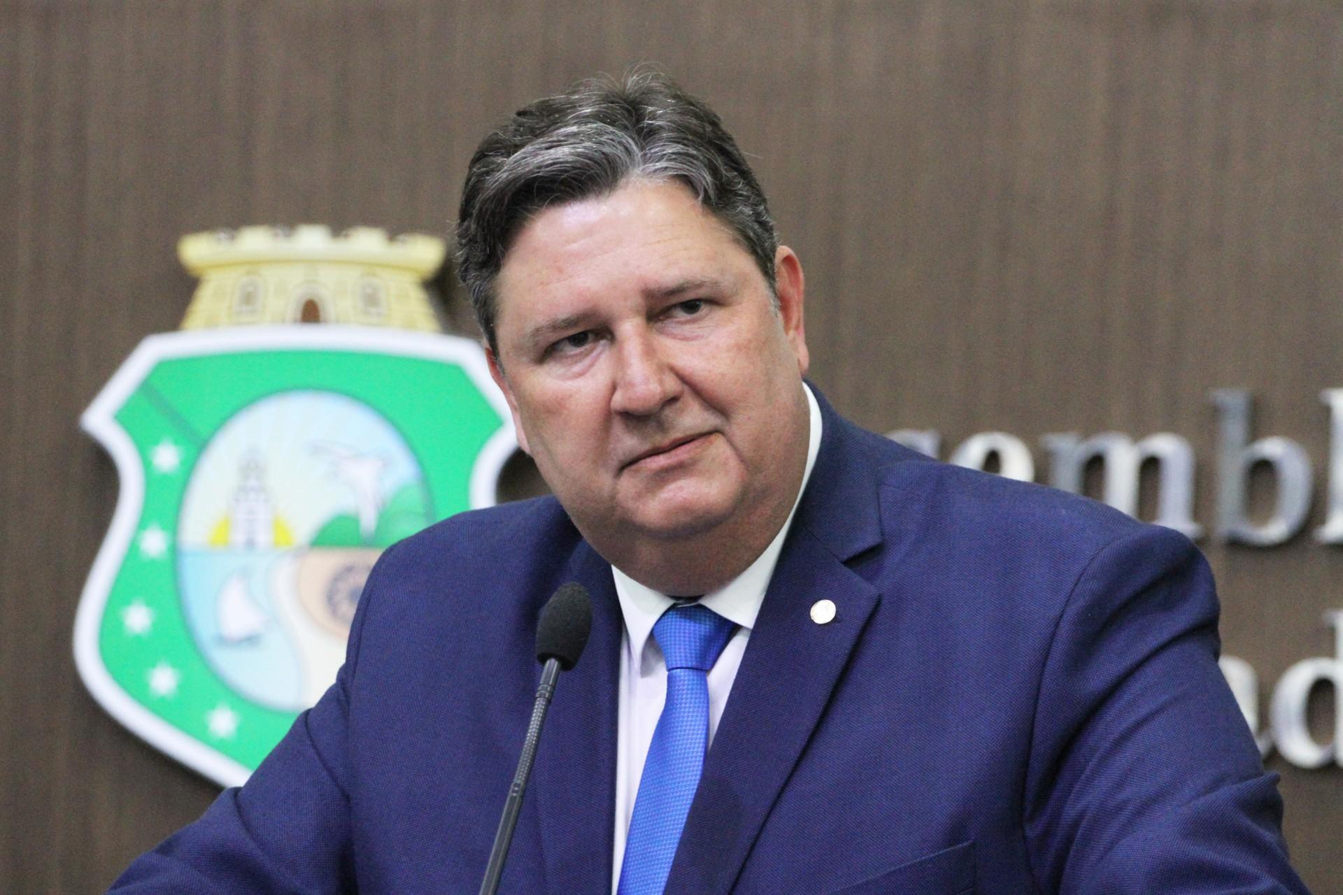 Deputado estadual Romeu Aldigueri vai apoiar a esposa, Juliana Aldigueri, para a Prefeitura de Granja. Atualmente, o cargo está com a sobrinha, Amanda Aldigueri