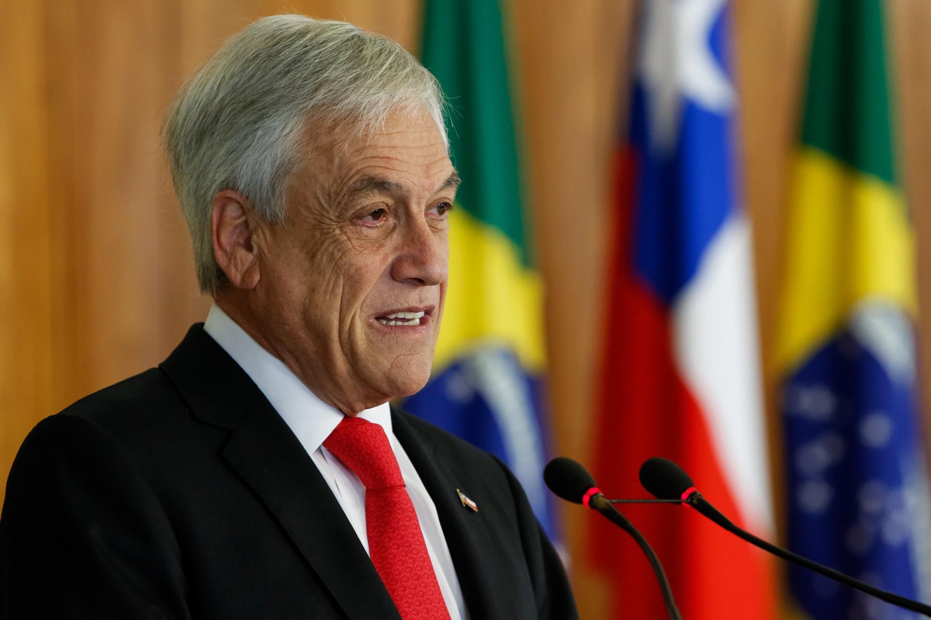 Sebastián Piñera tem sido pressionado pela população em razão das medidas que seu governo tem tomado no aspecto social