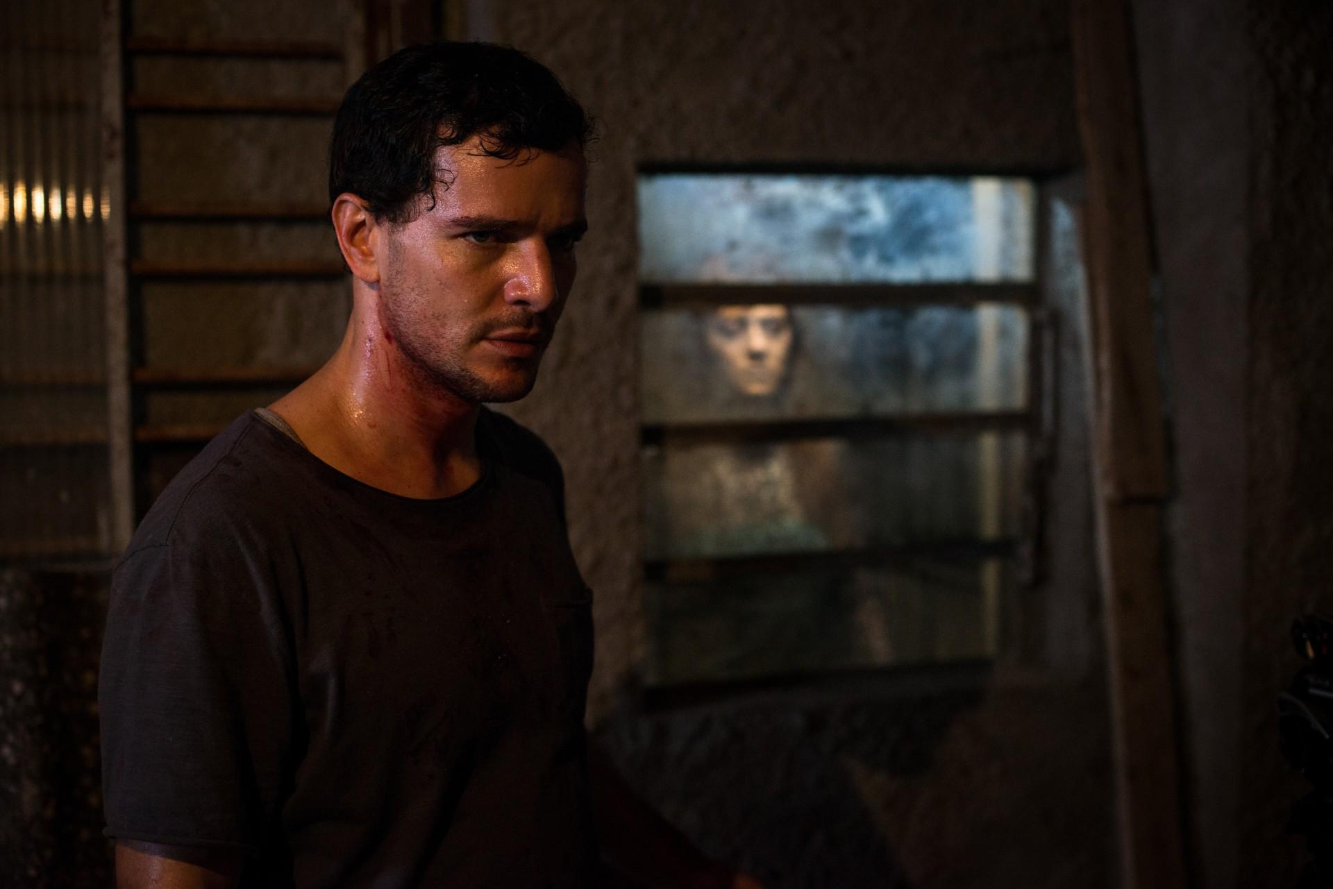 Morto Não Fala (2019), dirigido por Dennison Ramalho