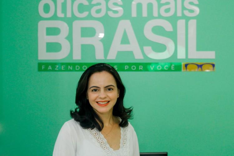Livia Marcielly Alves de Sousa abriu Óticas Mais Brasil há mais de um ano