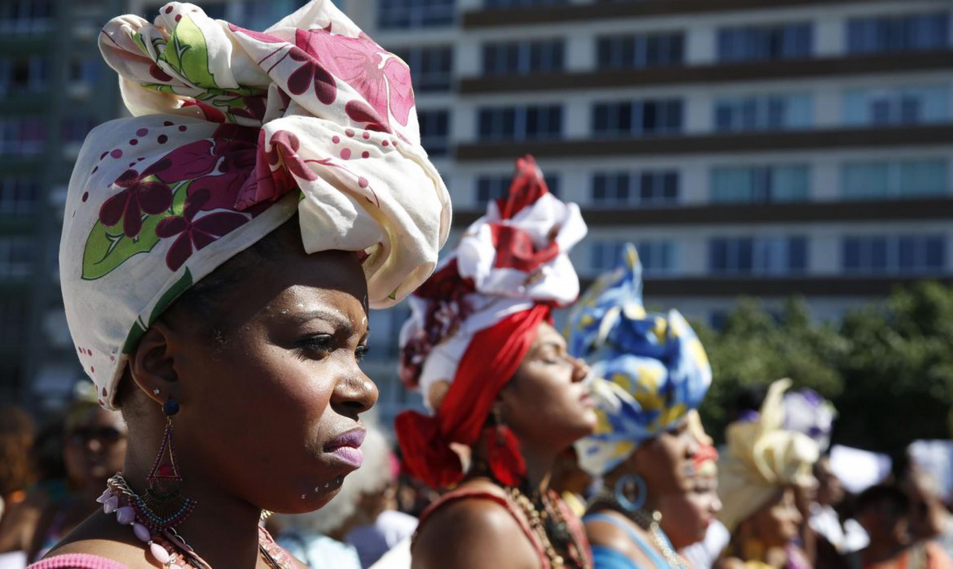 Conheça 6 mulheres que representam o feminino brasileiro por meio da luta, do estudo e da criatividade.