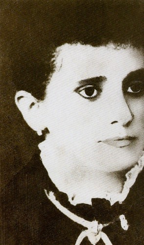 Emília era abolicionista e participava da Sociedade das Cearenses Libertadoras, presidida por Maria Tomásia Lima.