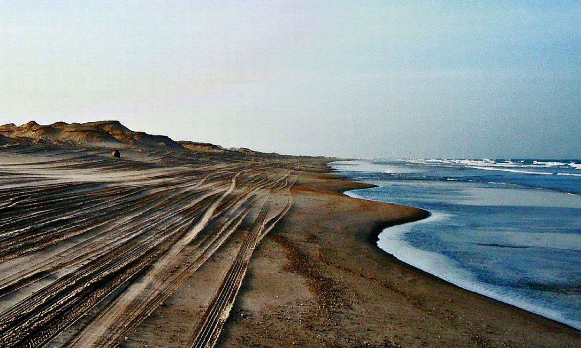 Praia da Baleia, em Itapipoca, no Litoral Oeste do Ceará