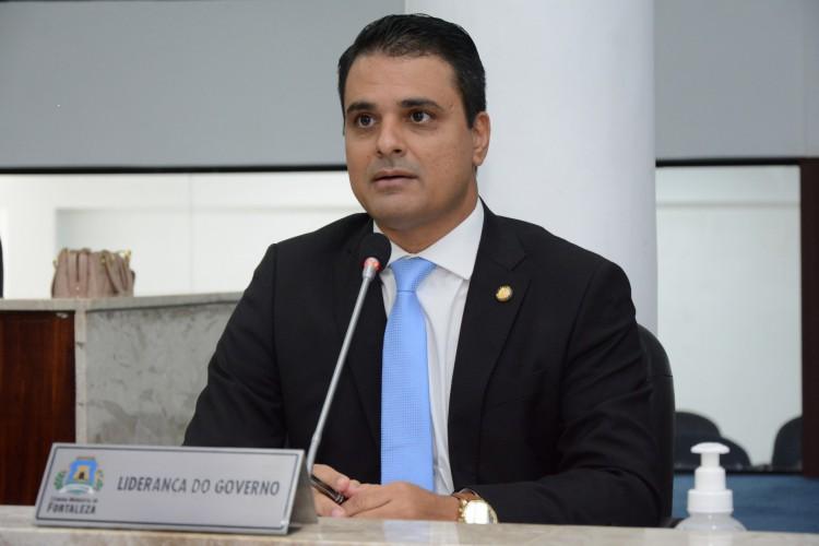 VEREADOR Gardel Rolim, líder do governo Sarto na Câmara(Foto: Érika Fonseca/CMFor)