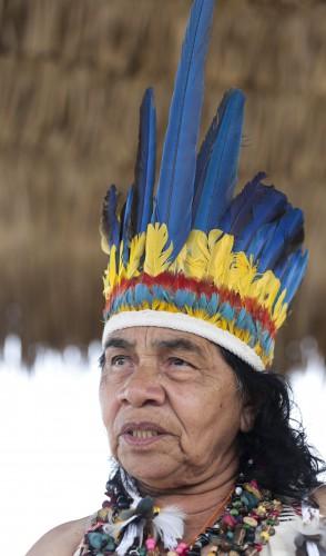 Maria de Lourdes da Conceição Alves, a Pequena, foi a primeira mulher no Brasil a se tornar cacique entre os povos indígenas.