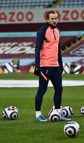 3º - Atacante inglês Harry Kane, 27 anos, do Tottenham Hotspur. Avaliado em 120 milhões de euros.