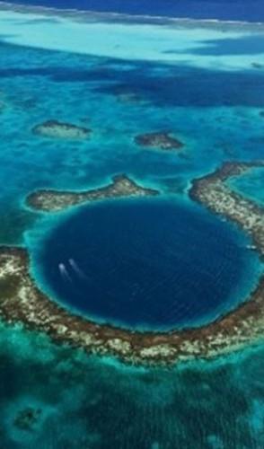 A maioria desses lugares são ilhas remotas, com pouca população, principalmente no Oceano Pacífico.