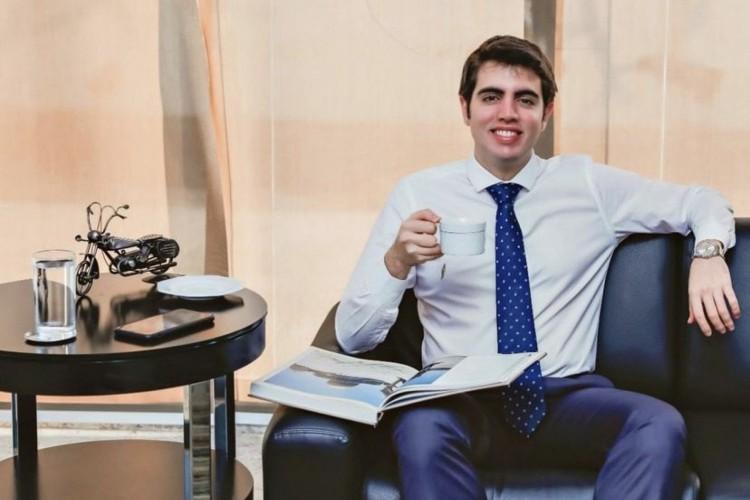Mateus Costa-Ribeiro: aos 21 anos, é mestre em Direito por Harvard e acaba de conseguir o registro profissional para atuar como advogado nos EUA. Performance chamou a atenção do mundo.