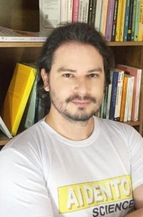 Diego Marques é coordenador do grupo de pesquisa em Semiótica e Micropolítica do Risível da Unifesspa