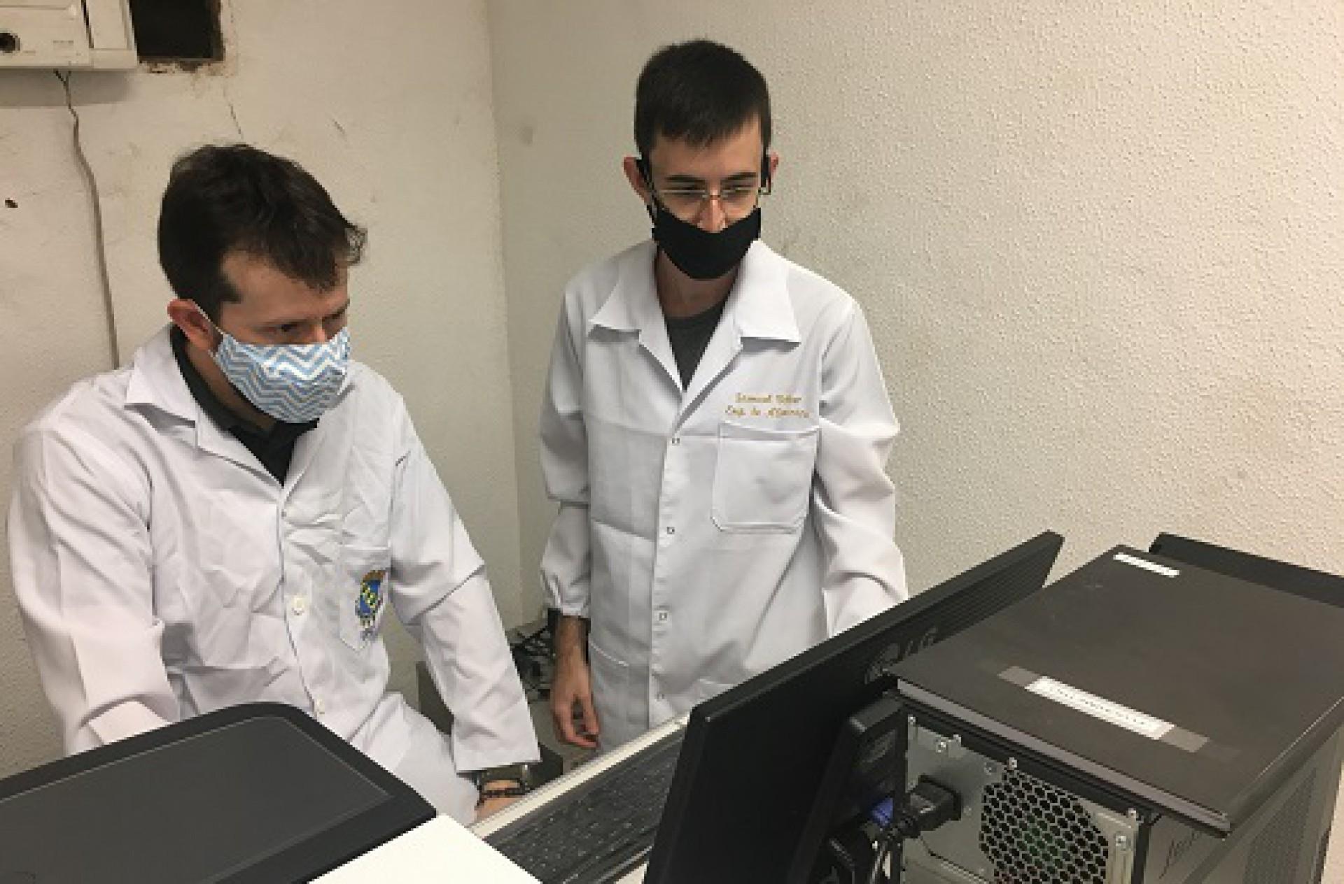 Os professores Pierre Fechine e Samuel Veloso Carneiro, do GQMAT, são os responsáveis pela pesquisa
