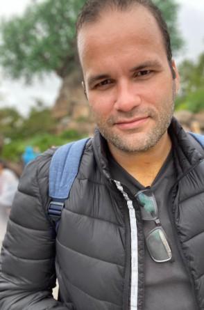 Carlos Ernesto Holanda- café com fé na Vitória