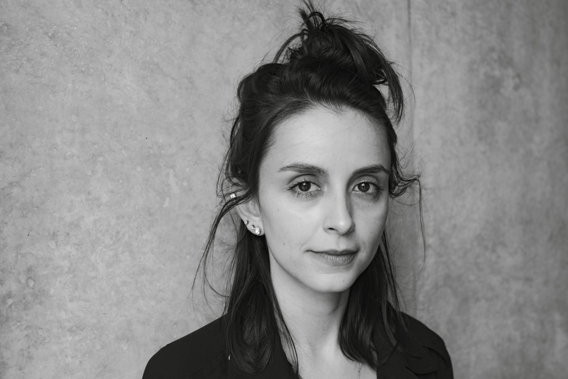 Aline Bei: O romance entre o teatro e a literatura | VidaEArte | OPOVO+