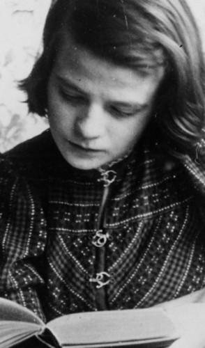 Em 1936, Sophie e Hans perceberam que a política do 3° Reich ia de encontro aos seus valores morais.