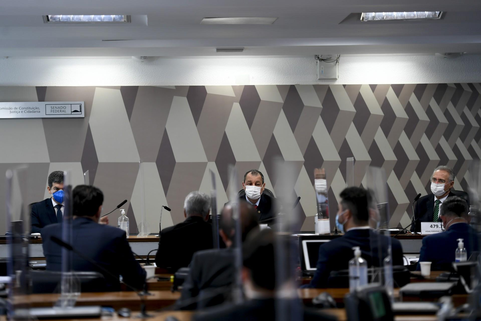 CPI aprovou ontem 23 requerimentos