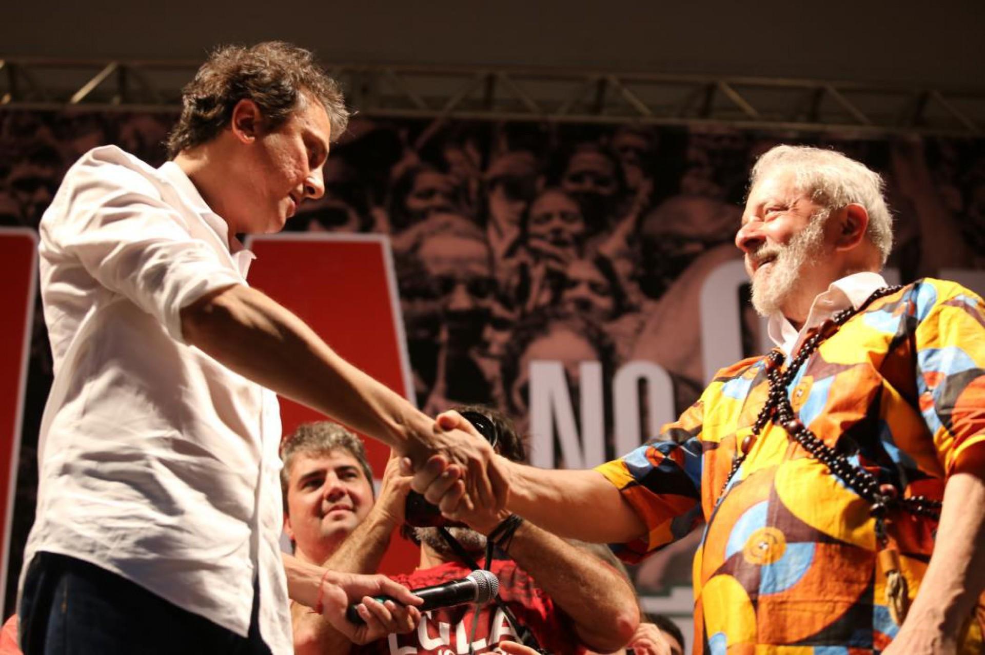 Camilo Santana e Lula: apoio dividido com Ciro Gomes