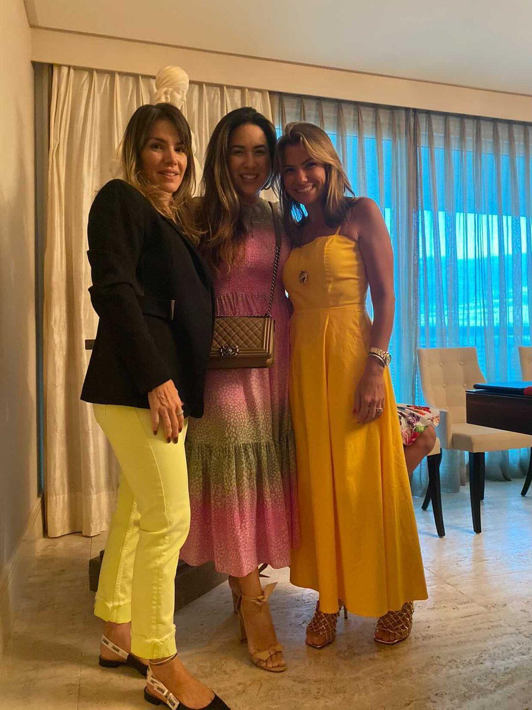 (Foto: arquivo pessoal)Monique Rolim, Carol Yamazaki e Vanessa Queirós