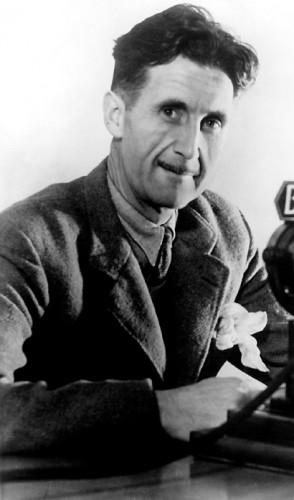 George Orwell: aclamado pelos críticos no mundo todo e muito procurado pelos leitores.