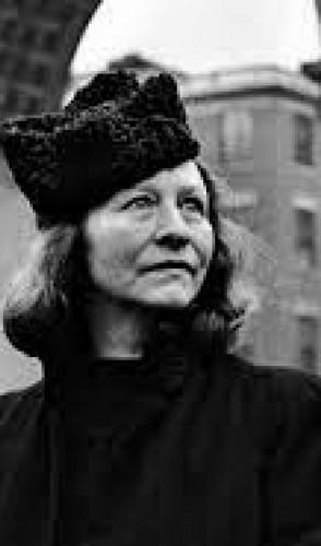 Edna St. Vincent Millay: foi a primeira mulher a vencer o Prêmio Pulitzer na categoria prosa.