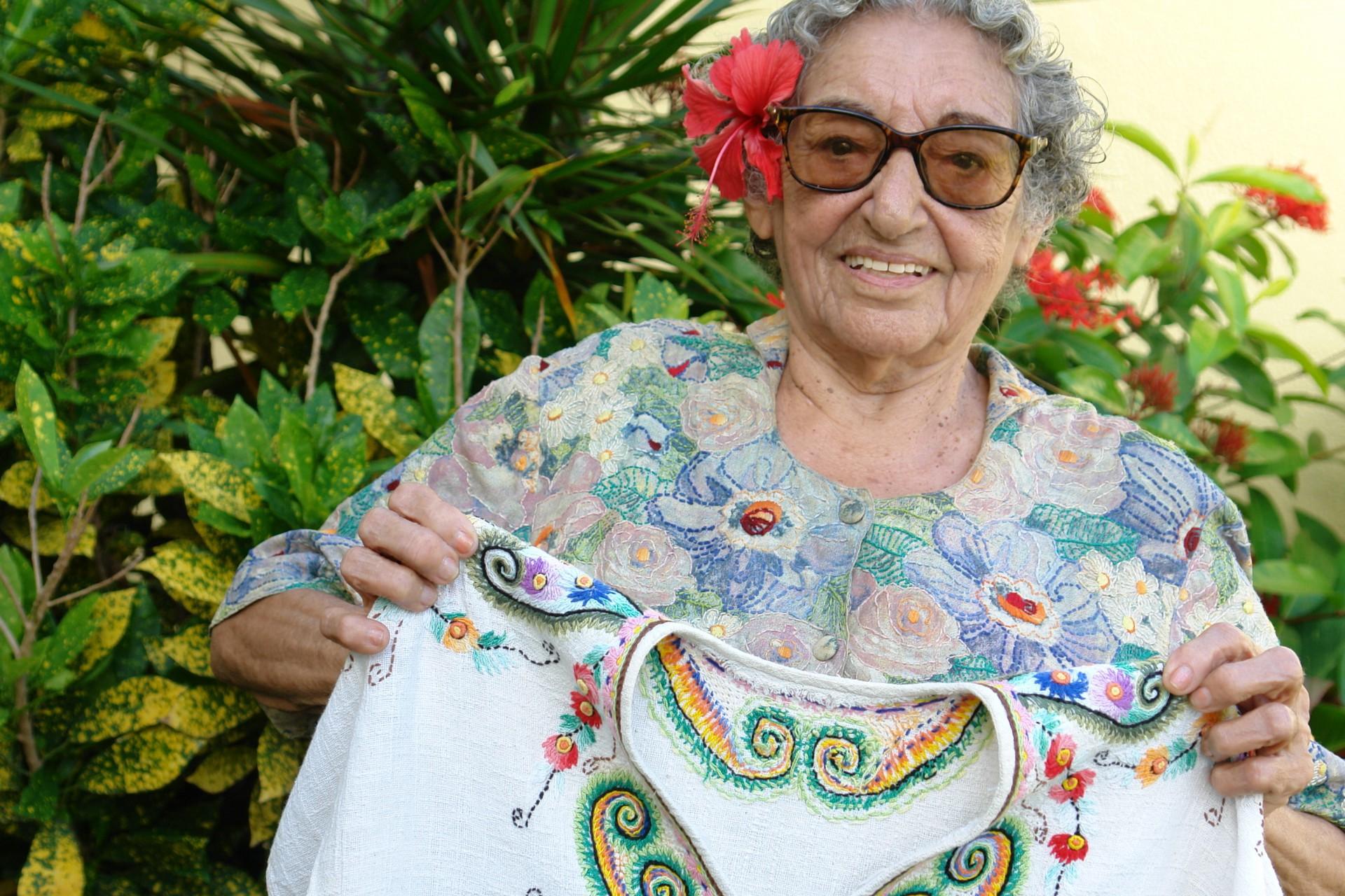 Nice Firmeza, nascida em Aracati no dia 18 de julho de 1921, completaria 100 anos neste domingo, 18(Foto: Bruno Macedo, em 26/06/2006)