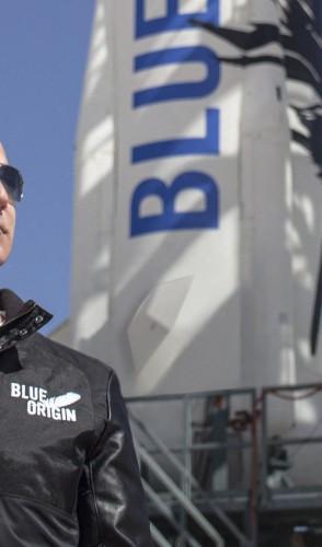 Jeff Bezos, fundador da Blue Origin, realiza agora em julho voo inaugural da empresa de turismo no espaço  (Foto: AFP FOTO/ BLUE ORIGIN)