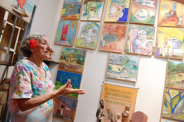 O Minimuseu Firmeza, no Mondubim, foi casa, obra de arte e museu para Nice e Estrigas(Foto: Iana Soares, em 20/04/2010)