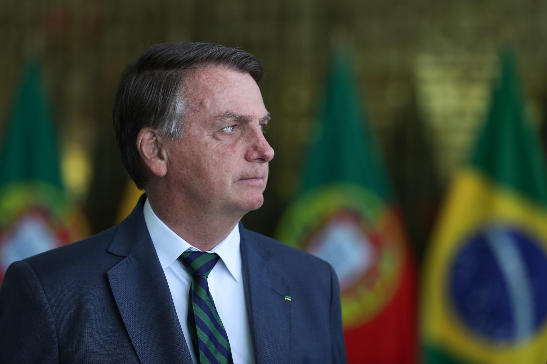 Bolsonaro está tendo trabalho com dificuldades criadas por ele próprio (Foto: Marcos Corrêa/Presidência da República)