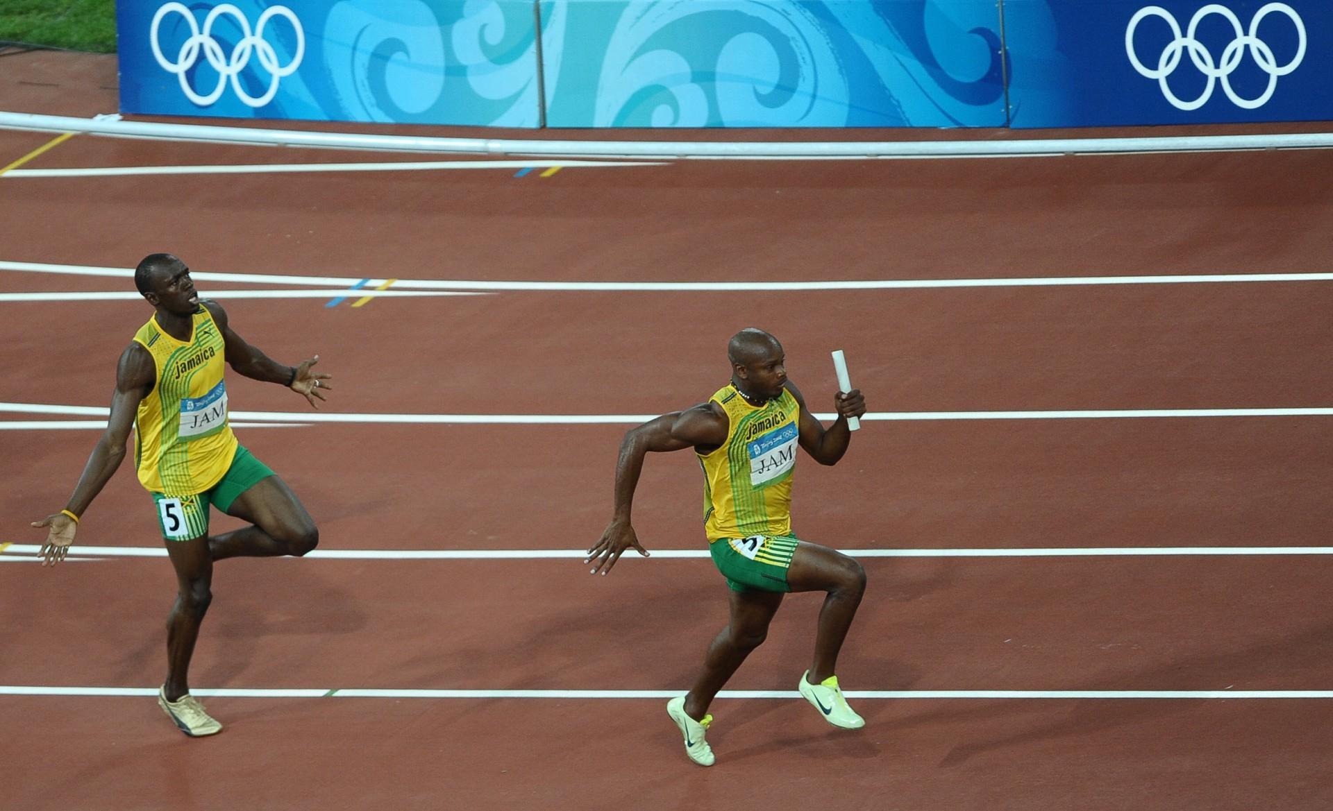 (Foto: Foto: AFP)Asafa Powell, atleta jamaicano, campeão olímpico das olimpíadas do Rio, 2006