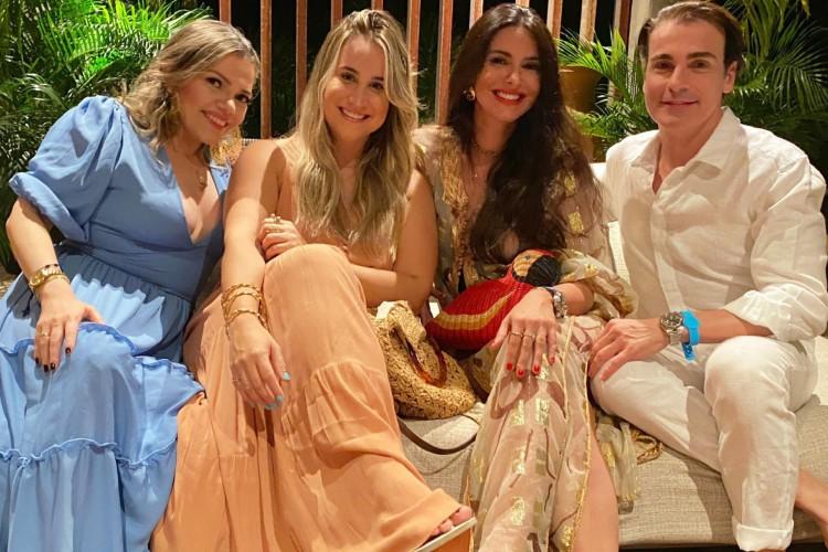 Sarah Damasceno e Roberta Fernandes com Milena Holanda e Rodrigo Maia (Foto: arquivo pessoal)