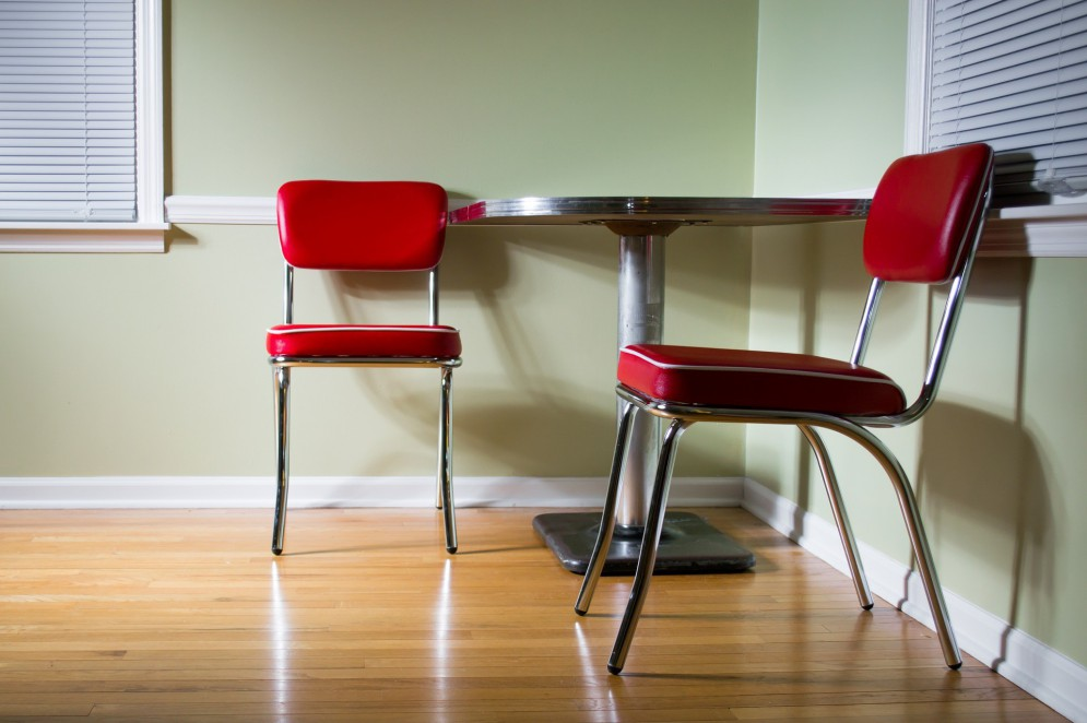 Tenha cuidado para não arranhar seu piso com objetos pontiagudos(Foto: Steve Johnson por Pixabay )