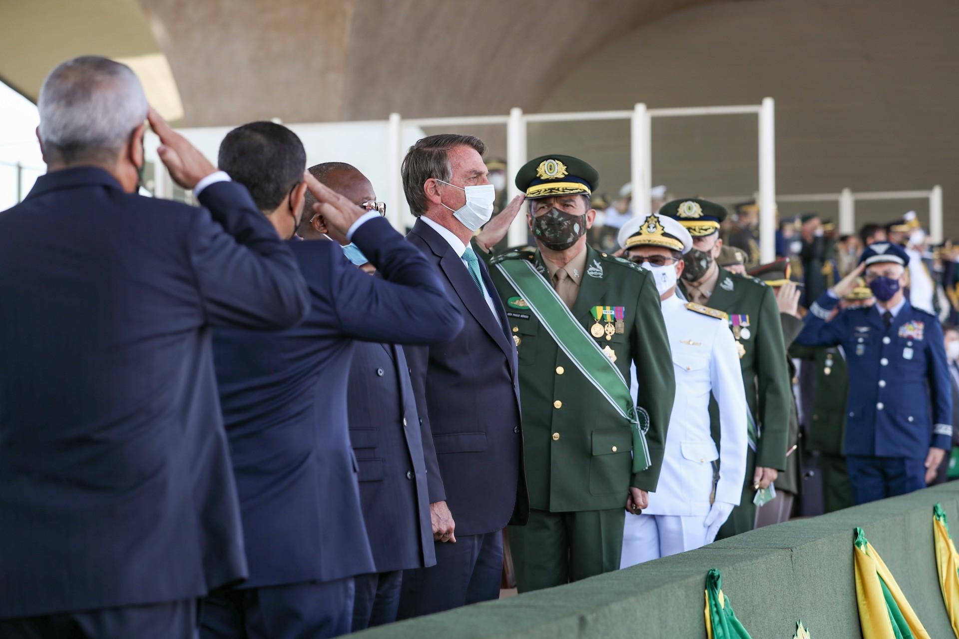 (Brasília - DF, 25/08/2021) Cerimônia do Dia do Soldado, com a imposição de condecorações. Foto: Marcos Corrêa/Presidência da República (Foto: Marcos Corrêa/Presidência da República)