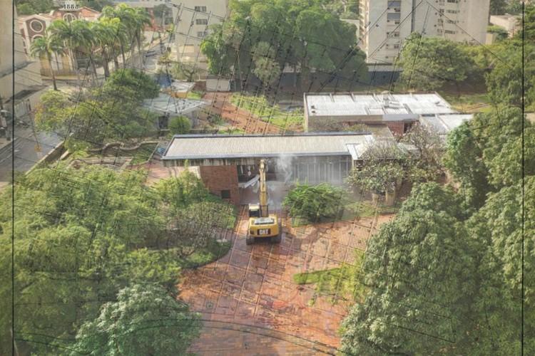 Fortaleza em 2 de junho de 2020, Inicio da demolição da Mansão Macêdo, antiga sede do grupo J. Macêdo, em Fortaleza(Foto: Paulo Rabelo/Especial para O Povo)
