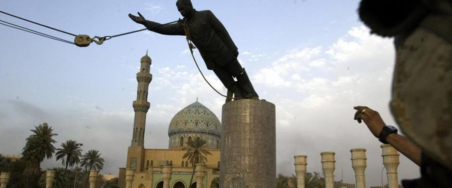 Saddam Hussein no Iraque foi deposto em 2003, capturado meses depois e enforcado em 2006(Foto: AFP)