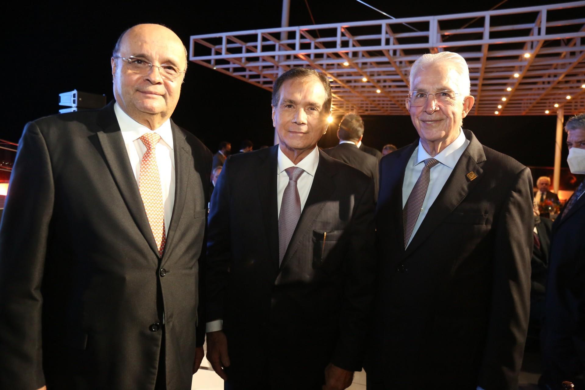 (Foto: JOAO FILHO TAVARES)Fernando Cirino, Beto Studart e Carlos Prado